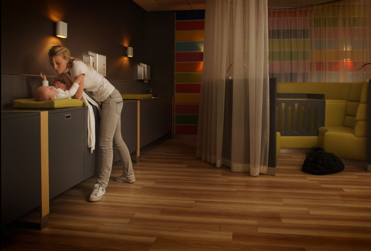 MV Architects schiphol baby care lounge 3